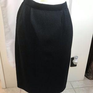 Vtg. Marie St John Basis Black Santana Knit skirt